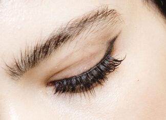 Dobry krem pod oczy - co to właściwie oznacza?